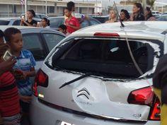 Chegada de Papai Noel em shopping na Bahia dá muito ruim