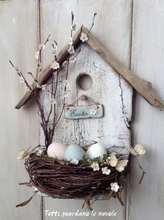 spring decoration tinker with natural materials wood-birdhouse-bird nest branches -.- spring decoration tinker with natural materials wood-birdhouse-bird nest-branches-easter eggs Spring Crafts, Holiday Crafts, Wood Crafts, Diy And Crafts, Primitive Crafts, Cardboard Crafts, Fabric Crafts, Deco Nature, Easter Wreaths