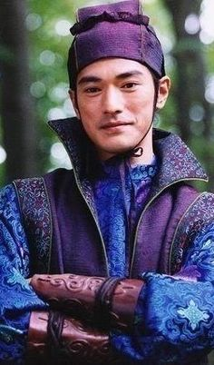House of Flying Daggers - Takeshi Kaneshiro / costume design: Emi Wada House Of Flying Daggers, Takeshi Kaneshiro, Chinese Movies, Oui Oui, Movie Costumes, Film Serie, Asian Actors, Movie Characters, Costume Design
