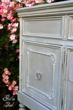 French Linen with a wash in Pure White Chalk Paint® Decorative Paint by Annie Sloan