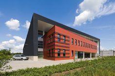 Apeldoorn : kantoor- en transportgebouw
