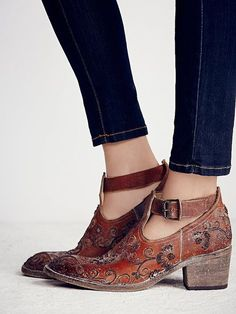 Springfield Stitch Boot   Stone washed leather ankle boots featuring allover embroidery detailing. Adjustable ankle buckle. Stacked heel.