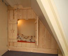Ideeën voor kinderkamer op zolder  inbouwbedstee in nieuw ...