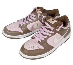 Nike Dunk SB Low - Stussy Cherry Colorway Inspired By Neapolitan Icecream Dr Shoes, Swag Shoes, Hype Shoes, Me Too Shoes, Sneakers Mode, Sneakers Fashion, Fashion Shoes, Jordan Shoes Girls, Girls Shoes