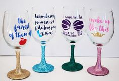 These Princess Wine Glasses are Perfect for Girls Night - Disney decor - Wine Glass Crafts, Wine Craft, Bottle Crafts, Diy Glasses, Glitter Glasses, Glitter Cups, Diy Disney Wine Glasses, Mermaid Wine Glasses, Christmas Wine Glasses