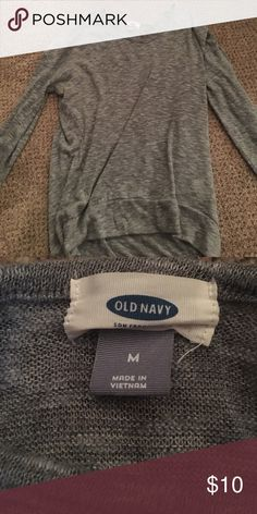 Old Navy gray top- excellent condition Old Navy gray top- excellent condition Old Navy Tops Blouses