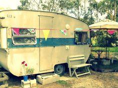 Lottie, Zinnia Pea's vintage caravan studio!