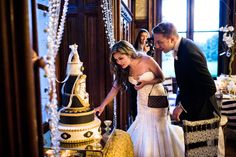 Black White Gold Cake. Chateau Challain Wedding Loire Valley France