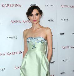 Keira Knightley at Anna Karenina premiere  http://britsunited.blogspot.com/2012/11/keira-knightley-manages-to-make-green.html