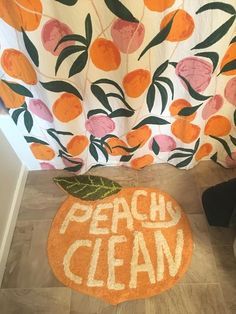The Peachy Clean Bath Mat from Urban Outfitters is so cute! Spruce up your dorm room or first apartment with this adorable mini rug. It's gorgeous, especially if you like novelty fruit, or more specifically, peaches! Home Design, Küchen Design, Design Ideas, Interior Design, College House, College Room, Living Room Decor College, College Bedding, College Apartment Bathroom