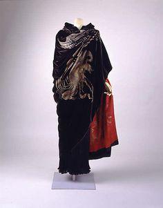 Evening cape Maria Gallenga  (Italian, Rome 1880–1944 Umbria) Date: early 1920s Culture: Italian Medium: silk, glass, metallic thread