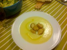 warm potato soup with EVO and fried bread...a must when outside is cold!