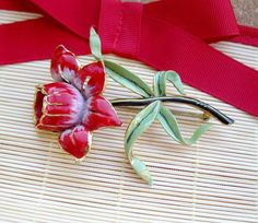 Large 1940s red enamel flower Brooch Valentine by popgoesmyvintage, $35.00