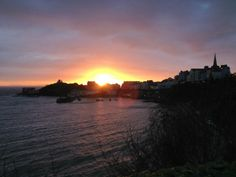 Mornings don't get much better than this! A beautiful sunrise over Tenby Harbour in Pembrokeshire