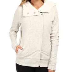 "Alo yoga ""true north"" hoodie Perfect condition! Unbelievably soft cotton blend hoodie with Sherpa lining. High collar wraps around neck when buttoned for extra warmth. Oatmeal in color. ALO Yoga Tops Sweatshirts & Hoodies"