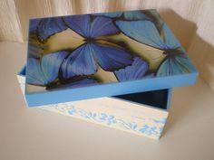 Cajas bonitas donde guardar nuestro mayor tesoro: recuerdos bonitos, retales de vida, fragmentos de memoria.