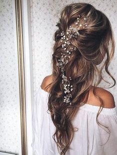 Loose Wedding Hair, Elegant Wedding Hair, Bridal Hair Vine, Trendy Wedding, Wedding Hair Vine, Boho Wedding, Rustic Wedding, Wedding Rings, Short Hair Styles Easy