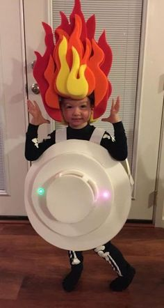 Smoke Alarm Costume This reminds me of the Heat Miser from A Year Without A Santa Claus Alarm Claus Costume Heat Miser reminds santa Smok Smoke Alarm Costume This reminds me of the Heat Miser from A Year Without A Santa Claus Alarm nbsp hellip Fete Halloween, Homemade Halloween Costumes, Halloween Costume Contest, Halloween 2014, Disney Halloween, Holidays Halloween, Halloween Kids, Halloween Decorations, Halloween Recipe