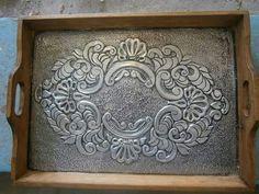 Aluminum Foil Crafts, Metal Crafts, Pewter Art, Pewter Metal, Glass Painting Designs, Paint Designs, Copper Mirror, Metal Embossing, Tin Art