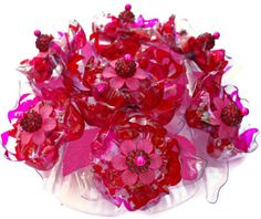 Ruby Red and Pink Cake Topper, Table Centerpiece Decoration, Flower Beaded Crystal Brooch Jeweled flowers, Recycled Plastic Bottle Decor - Pink Birthday Cake Ideen Plastic Bottle Flowers, Plastic Bottle Crafts, Recycle Plastic Bottles, Plastic Art, Flower Cake Decorations, Flower Cake Toppers, Bead Bottle, Bottle Jewelry, Crystal Beads