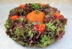 Autumn wreath of hydrangeas