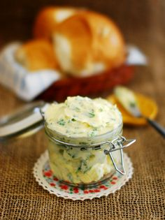 Easy Homemade Garlic Butter (Recipe With Step By Step Pictures)