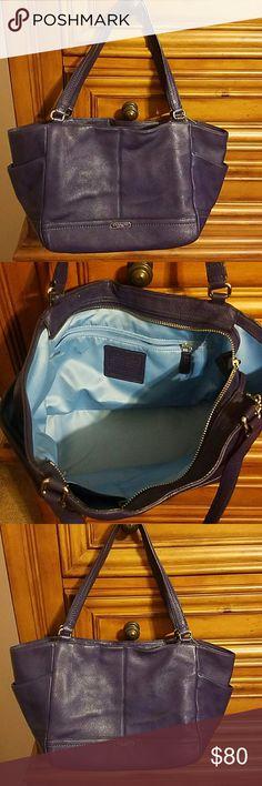 Coach bag Purple leather Coach shoulder bag, zipper closure. 2 small pockets inside and 1 zipper pocket inside, 1 pocket on each end of outside Coach  Bags Shoulder Bags