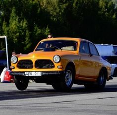 A hard launch in this 122 by Staffan Garde Gran.