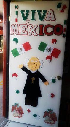 Puerta decorada del mes de septiembre Easy Crafts, Diy And Crafts, School Doors, Parents Room, Preschool Songs, Mexican Party, Classroom Door, Ideas Para Fiestas, Teacher Gifts