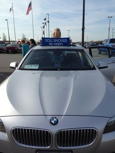 My daughter likes the sunroof!! Hanging out in Des Moines, IA #ysbh #bmw