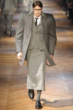 """Weird runway: he looks like a thug from """"The Fifth Element."""""""