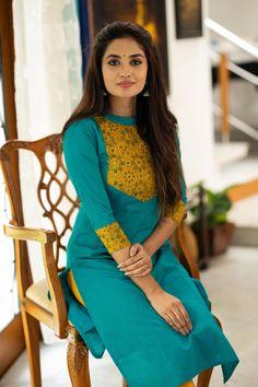 Silk Kurti Designs, Simple Kurta Designs, Salwar Neck Designs, Dress Neck Designs, Kurta Designs Women, Kurti Designs Party Wear, Designs For Dresses, Blouse Designs, Kalamkari Dresses