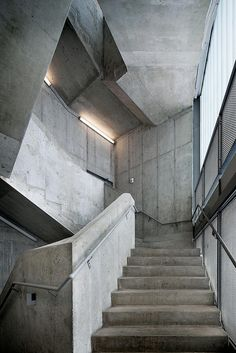 Visions of an Industrial Age: Concrete Stair, Rapson Hall, University of Minneapolis, by Steven Holl Concrete Staircase, Concrete Architecture, Stairs Architecture, Interior Architecture, Building Stairs, Concrete Building, Beton Design, Concrete Design, Outside Stairs Design