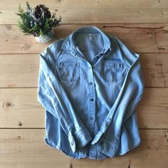 HPChambray Shirt Perfect for fall! Worn once, in excellent  condition with no holes or tears. Xhilaration Tops Button Down Shirts