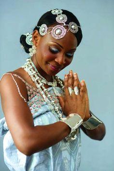 Itsekiri bride. #wedding #dress #bride http://www.illusionbridals.com/
