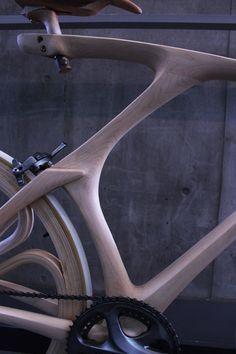 Wooden bicycle (including wheels) by Yojiro Oshima