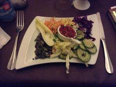 Entrée végétarienne au restaurant La Source à Lille Restaurants, Veggies, Beef, Vegetarian Dish, Home Made, Fashion Styles, Meat, Vegetable Recipes, Vegetables