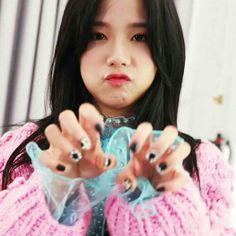 The real definition of Beauty with Brain = Kim Jisoo All About Kim Jisoo cr to own 180611 random 180618 random 190525 South Korea 190525 Jichu Blackpink Jisoo, Kpop Girl Groups, Korean Girl Groups, Kpop Girls, Kim Jennie, Yg Entertainment, Mochi, K Pop, Black Pink ジス