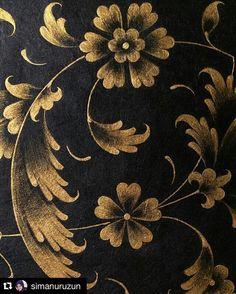 Pottery Painting, Fabric Painting, Islamic Motifs, Funny Paintings, Gold Leaf Art, Illumination Art, Islamic Paintings, Byzantine Art, Art Decor