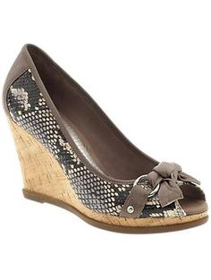 Snake skin pattern Sperry top-sider wedges - love them