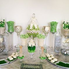 Wedding candy bar in green and silver