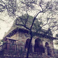 Lodi era Tomb