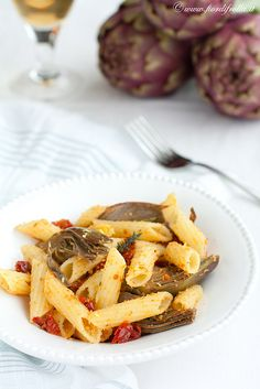 recipe on: www.it How To Cook Artichoke, Penne, How To Cook Pasta, Pasta Salad, Dairy, Yummy Food, Beef, Healthy Recipes, Cheese