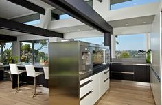 The working side of this divider could also be counter space instead of appliances