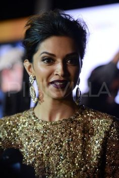 Deepika Padukone at the IIFA Magic of the Movies | PINKVILLA - her MAKEUP