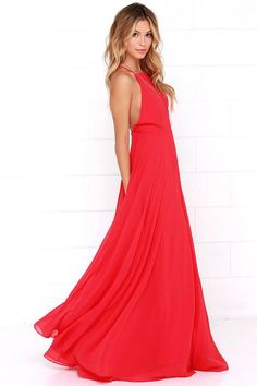 The Mythical Kind of Love Red Maxi Dress is simply irresistible in every single way! Lightweight Georgette forms a fitted bodice with princess seams and an apron neckline supported by adjustable spaghetti straps that crisscross atop a sultry open back. A billowing maxi skirt cascades from an elasticized waistline into an elegant finale, perfect for any special occasion! Hidden back zipper with clasp.