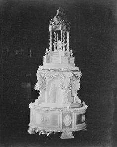 The Royal Collection: HRH Princess Royal's wedding cake, 28 January 1858