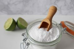 Do you have nail fungus? Check out this guide on the best home remedies for nail fungus, and live fungus free! Baking Soda For Hair, Baking Soda Face, Baking Soda Uses, Home Remedies For Skin, Natural Home Remedies, Whiten Underarms Fast, Shampoo Alternative, Baking Soda Benefits, Oil Stains