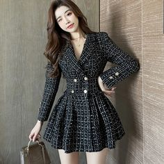 Korean Fashion Dress, Kpop Fashion Outfits, Ulzzang Fashion, Edgy Outfits, Korean Outfits, Cute Casual Outfits, Asian Fashion, Fashion Dresses, Cute Skirt Outfits