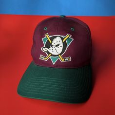 437afa8c9 Vintage Mighty Ducks SnapBack hat. Tagged one size fits all. Great condition!  🌴